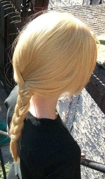 Edward Elric cosplay wig - side