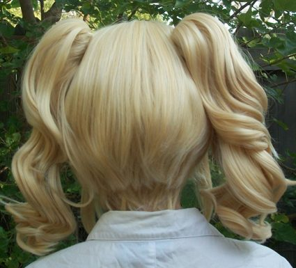 Blonde lolita cosplay wig back view