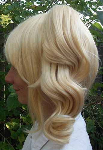 Blonde lolita cosplay wig side view