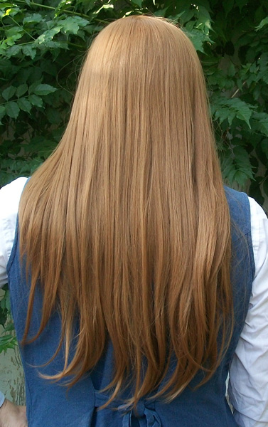 Jade Curtiss cosplay wig back view
