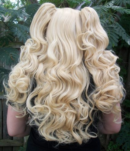 Blonde gothic lolita cosplay wig back view