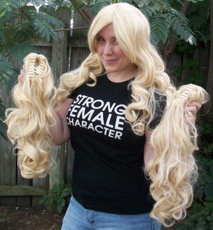 Blonde gothic lolita cosplay wig clip view