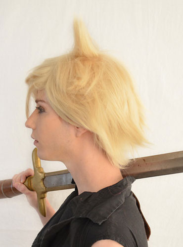 Cloud Strife cosplay wig side view