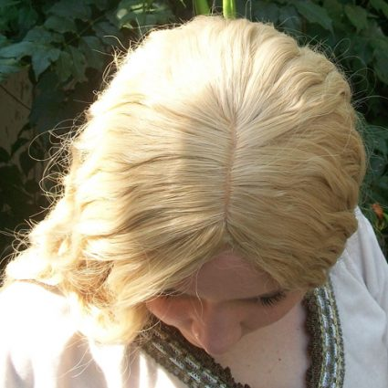Galadriel cosplay wig top view