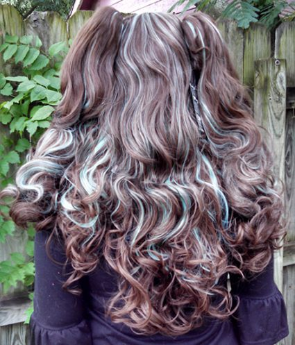 brown and mint gothic lolipocalypse wig back view