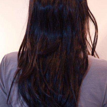 medium black wig back view