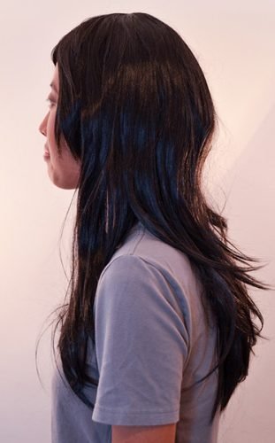 medium black wig side view