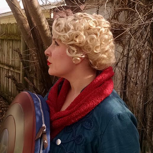 Queenie wig side view