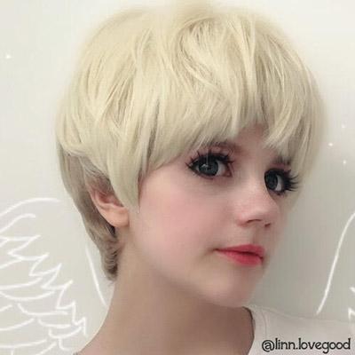 Ryo cosplay with wings by @linn.lovegood