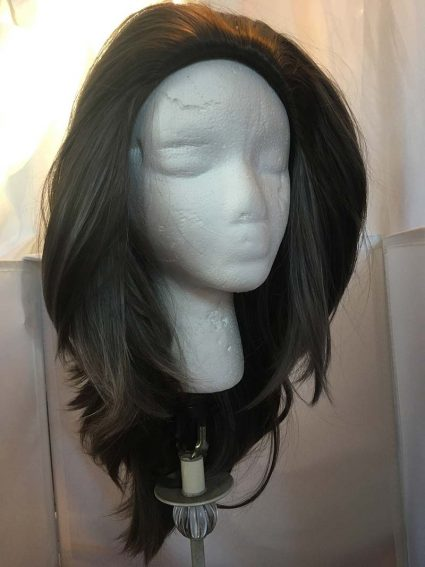 Catra wig indoor light