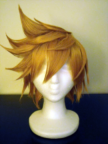 Roxas cosplay wig, styling by Mikki