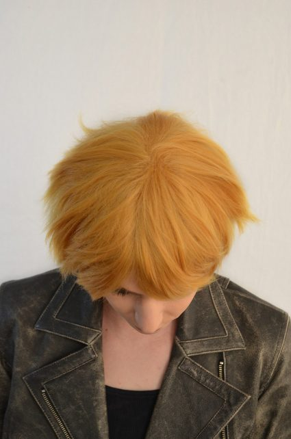 Naruto cosplay wig top view