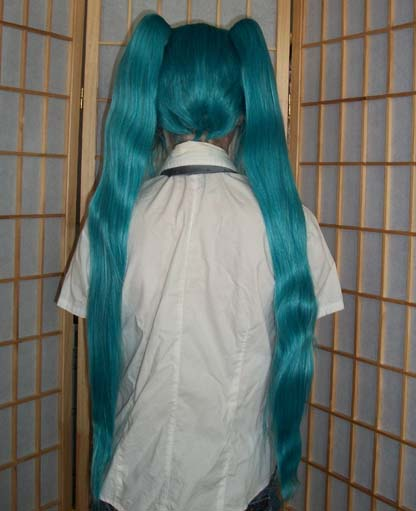 Miku cosplay wig back