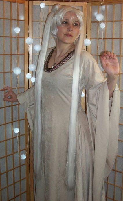 Queen Serenity cosplay wig