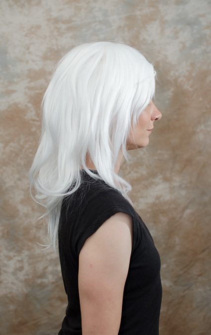 Bakura cosplay wig side view