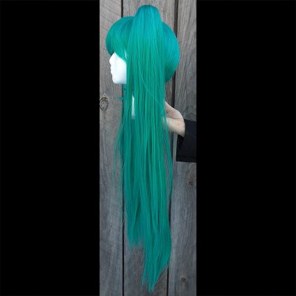 Vocal Star cosplay wig side view