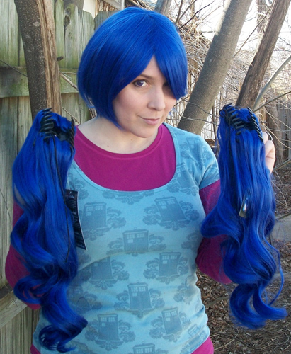 blue ponytail wig clip view