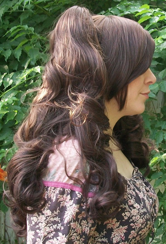 Gothic Lolipocalypse Cafe Frangelico - brown lolita wig side view