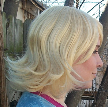 Roxy Lalonde cosplay wig side view