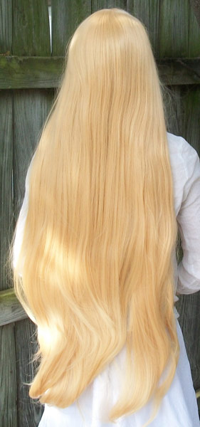 Sailor Venus cosplay wig back view