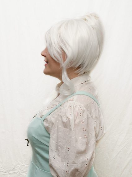 Weiss Schnee cosplay wig side view