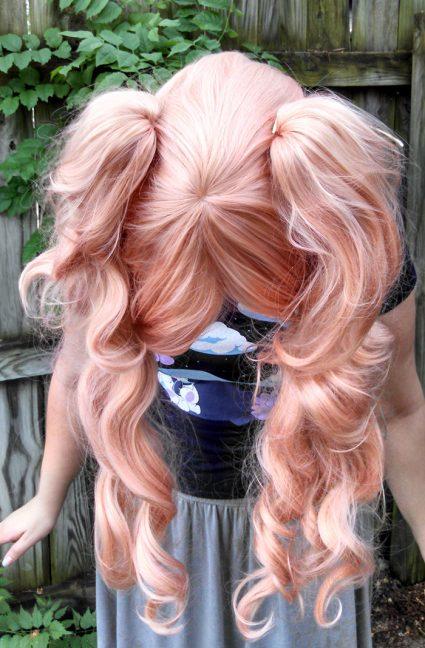 Junko Enoshima cosplay wig top view