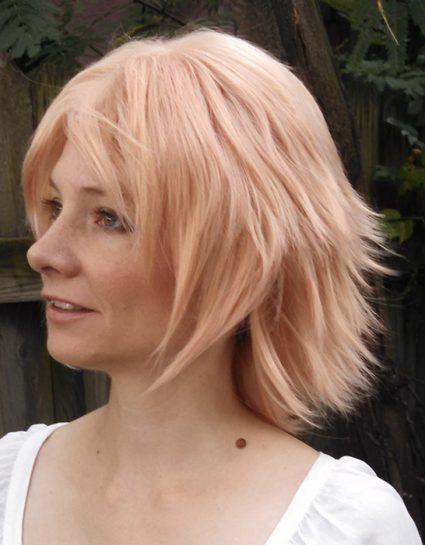 Pearl cosplay wig