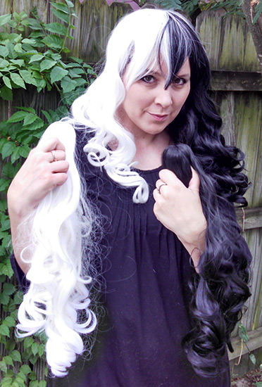 black and white split Gothic Lolipocalypse wig clip view