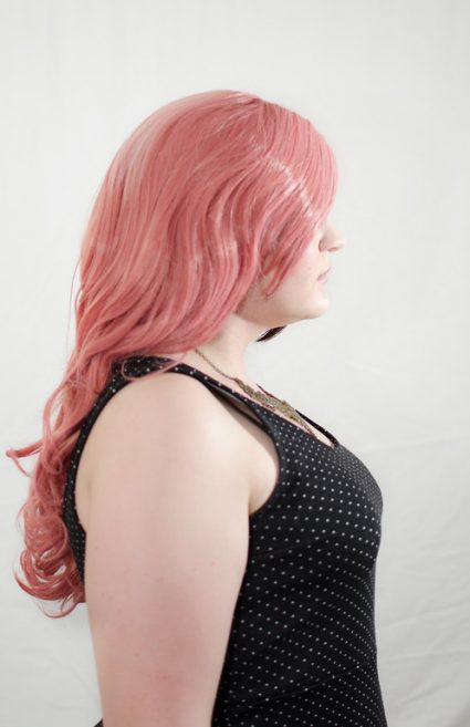Neapolitan wig side view