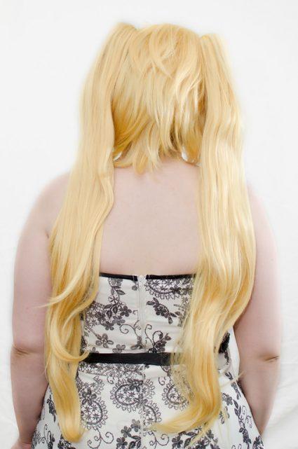 blonde ponytail wig back view