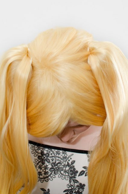 blonde ponytail wig top view