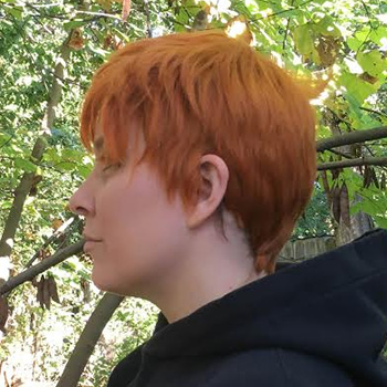 Hux wig side view