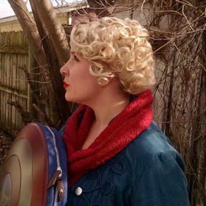 Queenie wig side view
