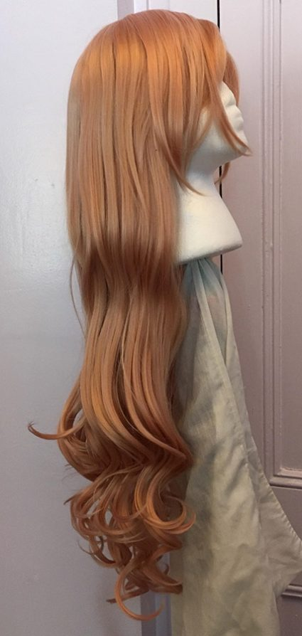 Miu cosplay wig side view