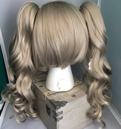 Ann wig back