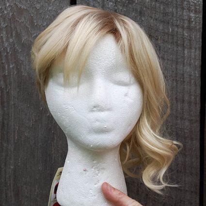 Gwen cosplay wig