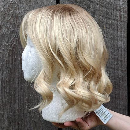 Gwen cosplay wig left side view