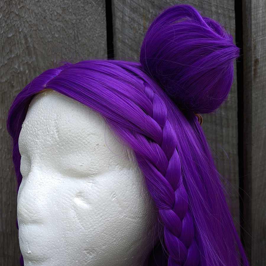 Kai'Sa cosplay wig bun close-up