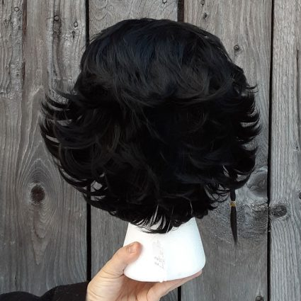 Claud cosplay wig back view