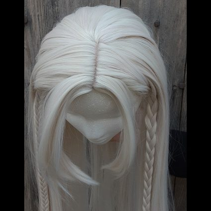 Deet cosplay wig top view