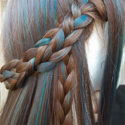 Rian cosplay wig braid view